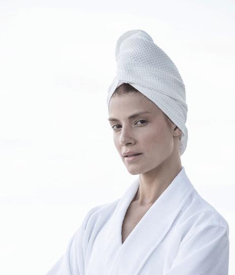 Lång hårhandduk